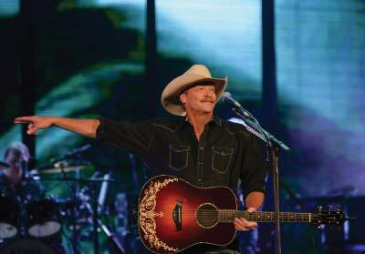 Alan Jackson Measurements, Bio, Age, Weight, and Height