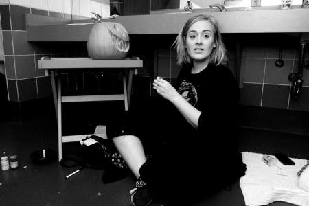 Adele Measurements, Bio, Age, Weight, and Height