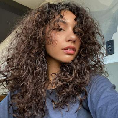 Alessia Cara Measurements, Bio, Age, Weight, and Height