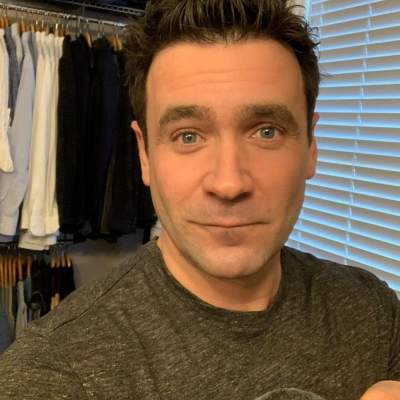 Allan Hawco Measurements, Bio, Age, Weight, and Height